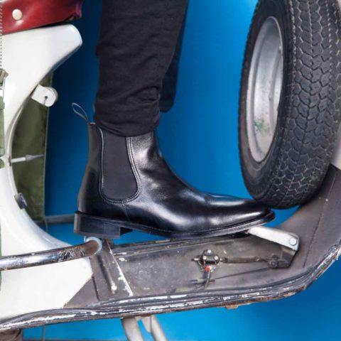 Botín Chelsea negro para hombre Cassady Black hecho a mano en España por Beatnik Shoes