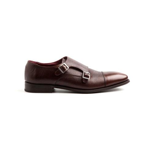Zapato dos hebillas para hombre en piel marrón hecho a mano en España por Beatnik Shoes