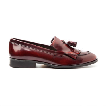 Handmade in Spain burgundy tassel loafers for women Beatnik Tammi Red by Beatnik Shoes