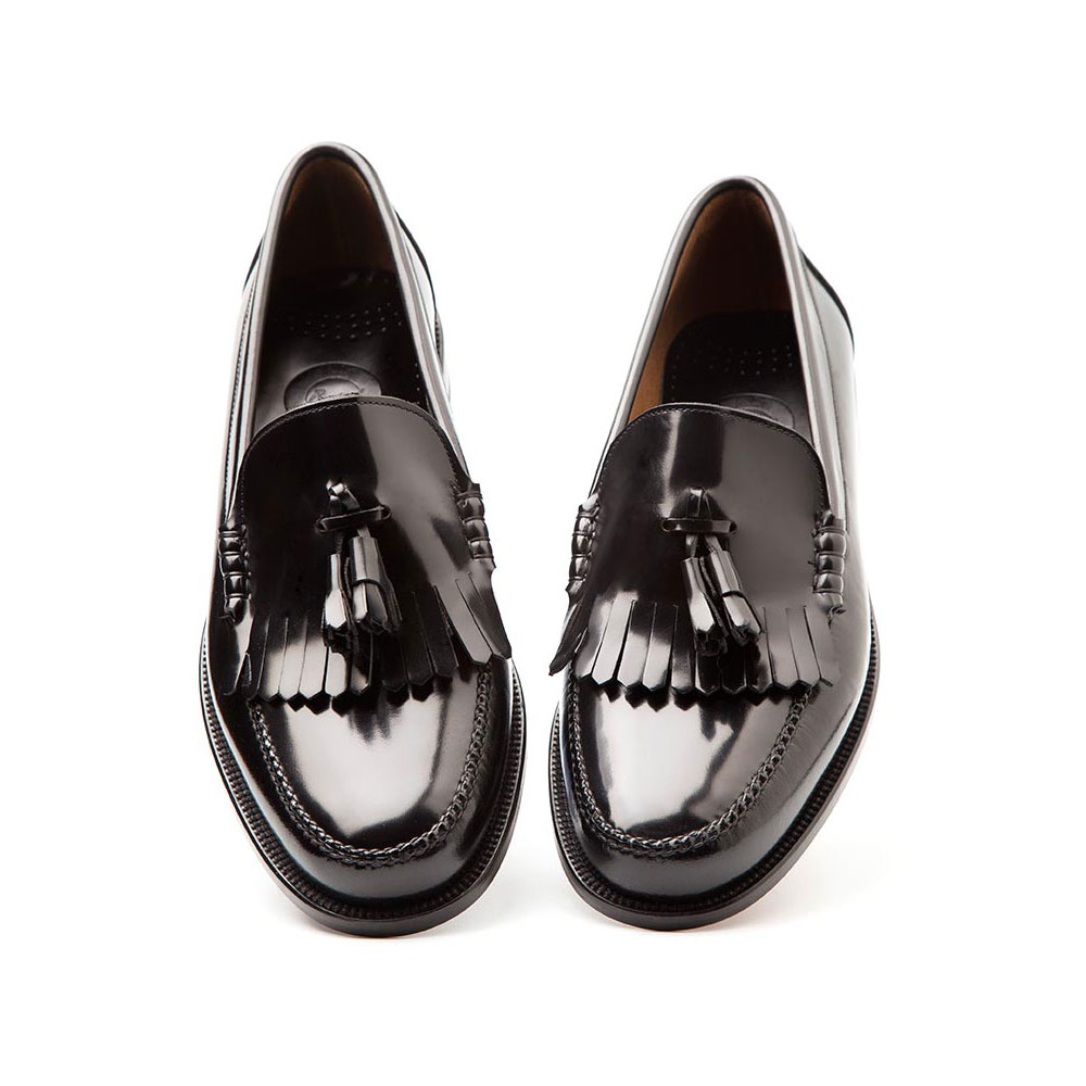 d76ed2d1e36 Black leather moccasin for men Ginsberg. Handmade in Spain by Beatnik Shoes