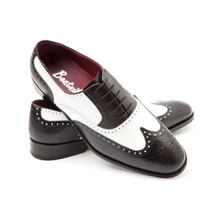 Zapato de cordones en piel bicolor para hombre Oxford black & White por Beatnik Shoes