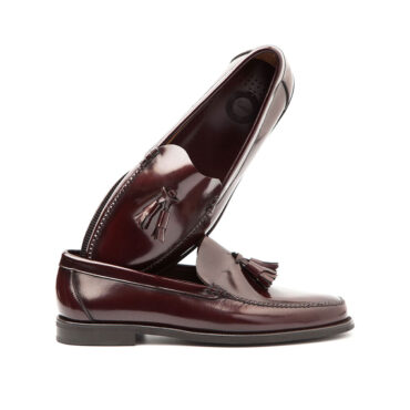 Dark red tassel loafers for men by Beatnik Shoes