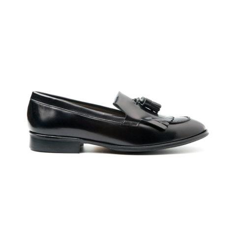 zapatos castellanos negros de mujer Hecho a mano en España en piel genuina