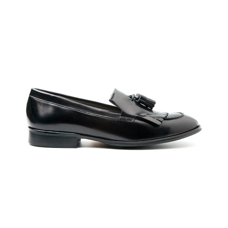 Handmade black tassel loafer for women Tammi Black by Handmade in Spain by Beatnik Shoes