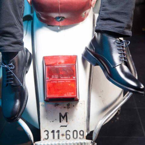 Botines de cuero negro para hombre de piel Dylan hechos a mano en España por Beatnik Shoes