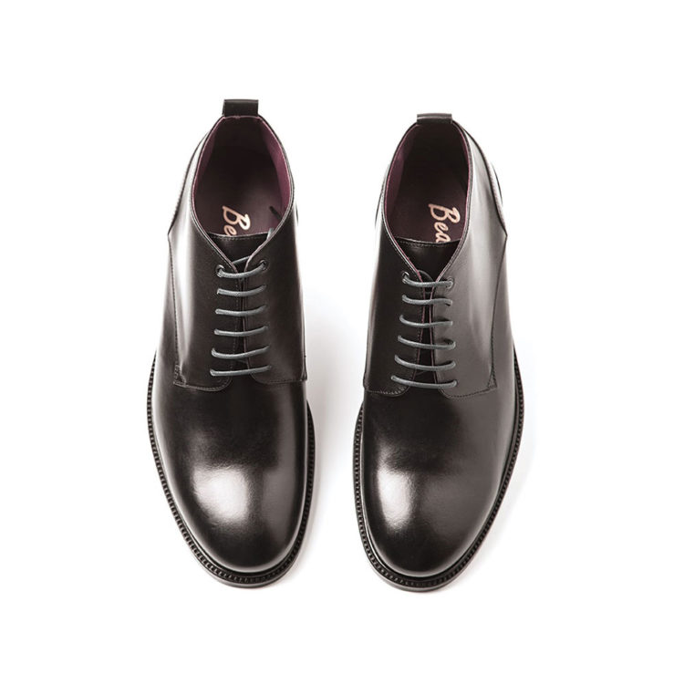 Black leather lace up ankle booties for men Dylan Handmade in Spain by Beatnik Shoes