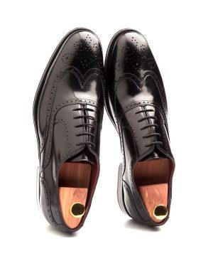 Holmes Deep Black zapato negro de hombre de cordones Brogue punteado