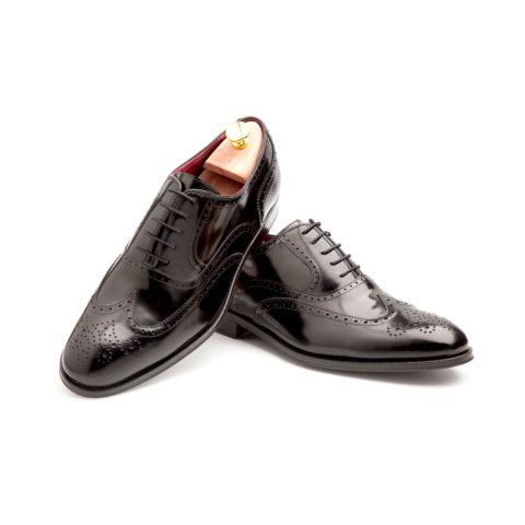 Zapatos Oxford hombre en piel negra hechos a mano en España por Beatnik Shoes