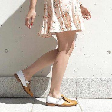 Mary Jane de hebillas bicolor para mujer Brenda Brown and White hecho a mano en España por Beatnik Shoes