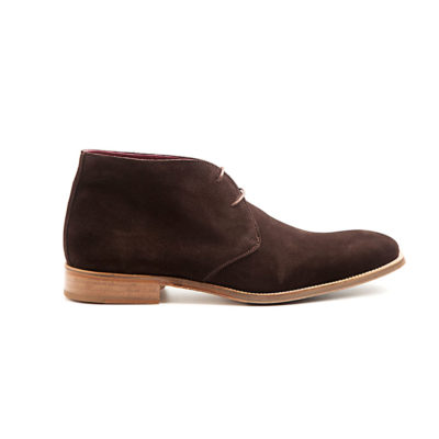 Kenneth desert boot de hombre en ante marrón por Beatnik Shoes