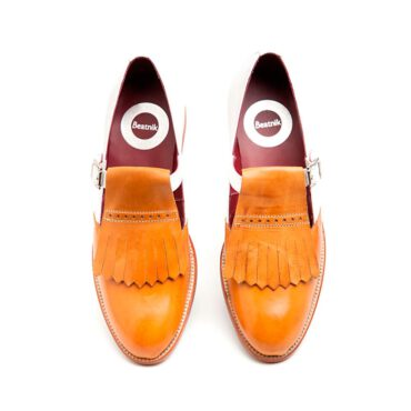 Zapato hebilla bicolor por Beatnik-Shoes