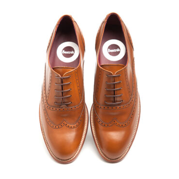 Brown Oxford shoes Handmade in Spain by Beatnik Shoes