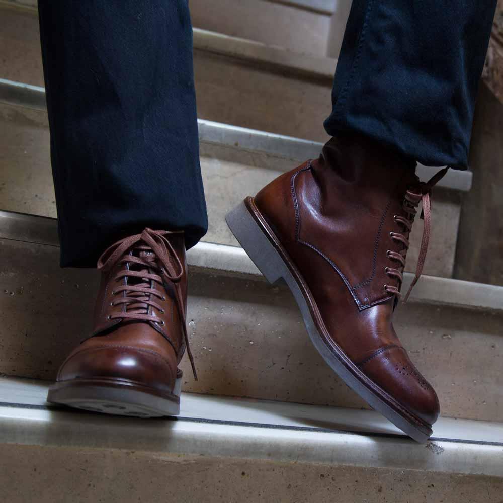 Bota marrón de hombre con cordones Truman  