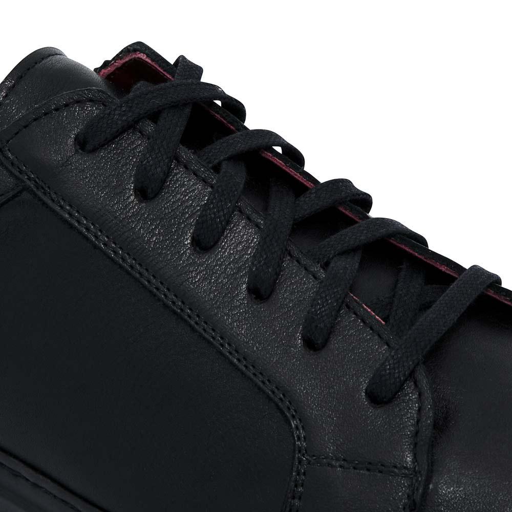 6d04bc8a Zapatillas negras de piel para hombre y mujer Harper Black hechas a mano en  España por