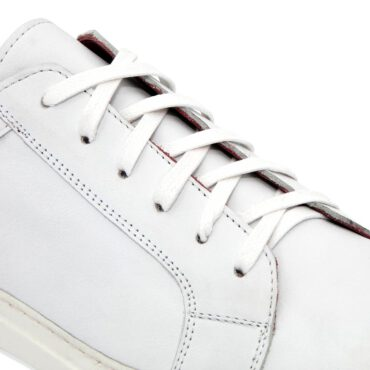 White leather trainers for business casual attire men and women handmade in Spain in luxury calfskin by Beatnik Shoes