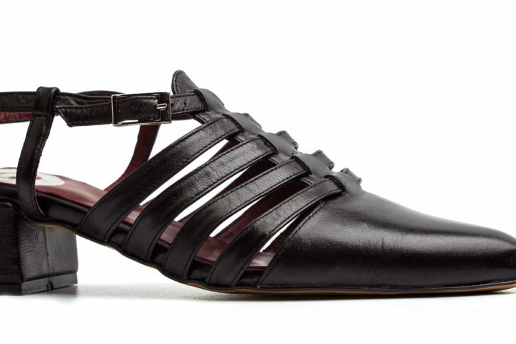 Pointy black leather sandal for women by Beatnik Shoes