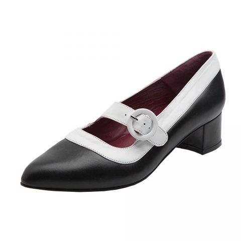 Zapato de salón bicolor blanco y negro  con hebilla para mujer Sylvie Black & White hecho a mano en España por Beatnik Shoes