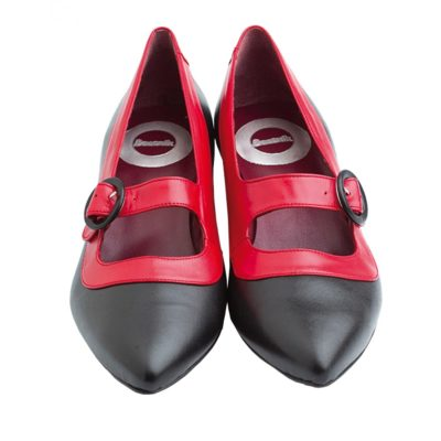 Court shoes two tone black and red with comfortable 4 cm heel by Beatnik Shoes