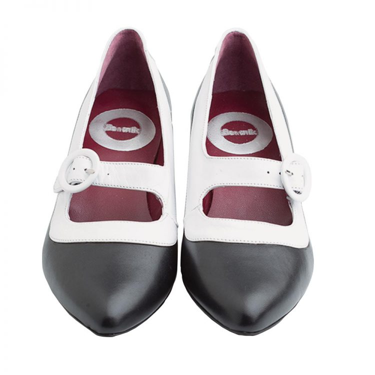 Zapato bicolor de tacón medio hecho a mano en España Sylvie BW