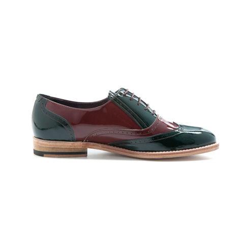 Oxfords de charol bicolor hechos a mano en España por Beatnik Shoes
