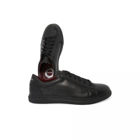 Sneakers negras casual smart de piel para hombre y mujer Harper Black hechas a mano en España por Beatnik Shoes