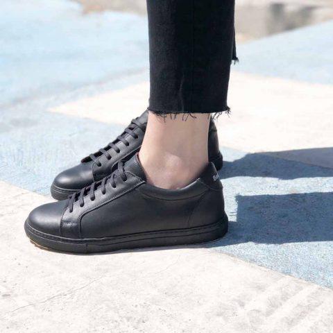 Trainers unisex de piel Beatnik Harper Black. Hechas a mano en España por Beatnik Shoes