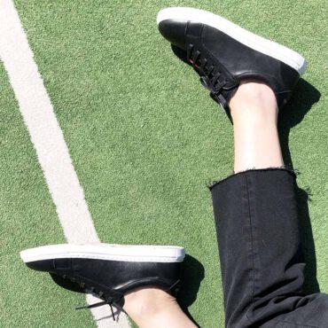 Trainers de piel unisex en piel bicolor blanca y negra Hecha a mano en España por Beatnik HARPER-BW