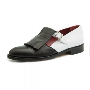 Monk straps for women low heeled two-tone shoes black and white. Handmade in Spain Beatnik Brenda BW