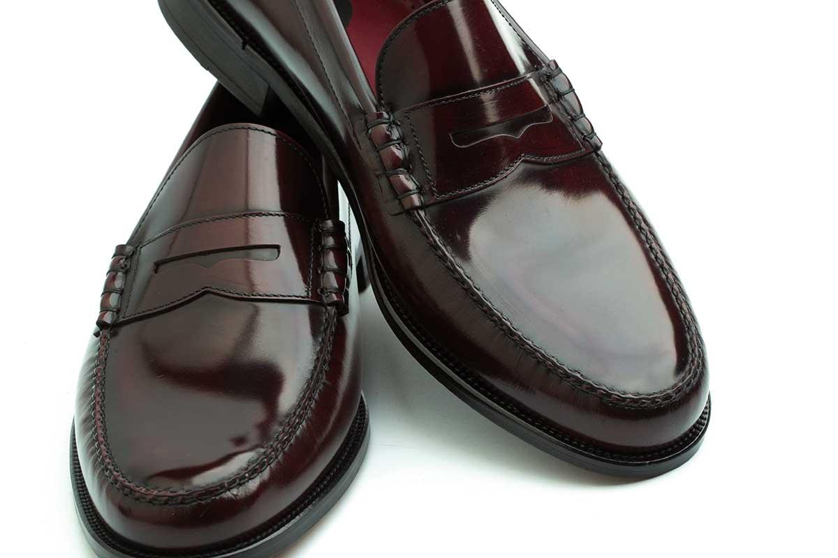 Burgundy penny loafers for men. Beatnik