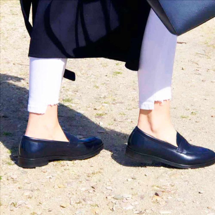 Flat blue leather Penny loafers for women Beatnik Irma Blue