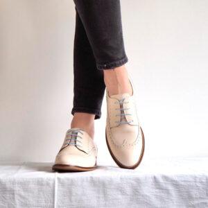 Handmade in Spain beige lace-up shoes for women Beatnik Ethel Beige