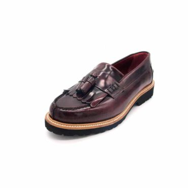 Deep Red tassel loafers for women Beatnik Mary Red