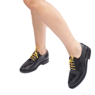 Black lace up flat shoes for women Ethel Handmade in Spain by Beatnik Shoes